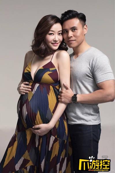 熊黛林晒出孕肚照 怀孕后身材更好了
