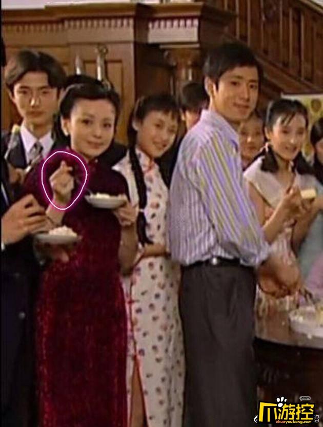 雪姨王琳竟是比心领头人 网友:雪姨果然是不简单的人