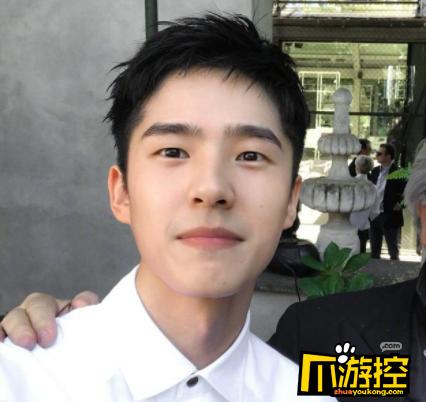 超暖!刘昊然用本名给粉丝捐钱 帮助粉丝患癌父亲渡过难关