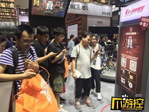 2019 ChinaJoy展 保友竞赛型电竞椅为电竞玩家量身打造