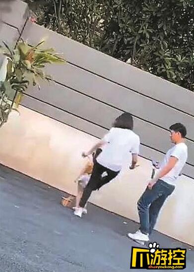 湖州织里童模被亲妈踹事件后续:公开道歉